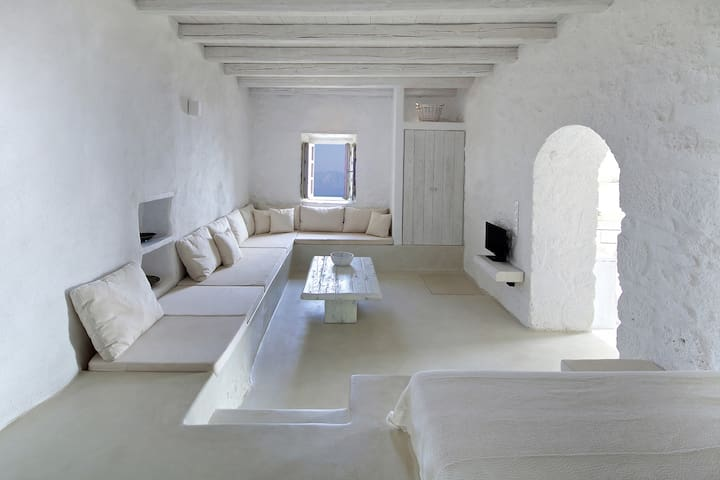 Elegance and authenticity - apartment downstairs - Emporios - Appartement