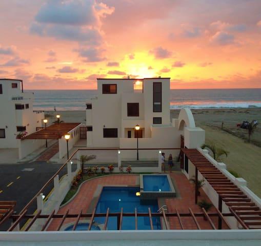 TRANQUIL LUXURY BEACHSIDE Villa #6 - Puerto Cayo - Dom