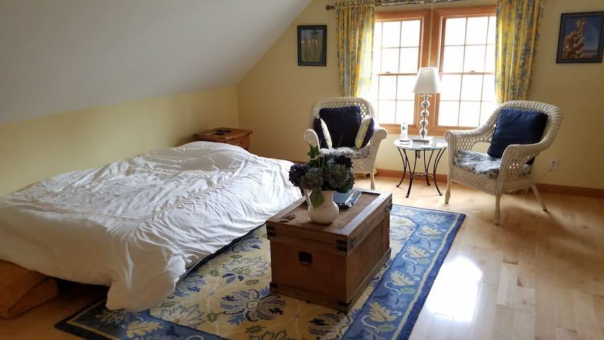 Quiet, private, studio apartment - Farmington - Leilighet