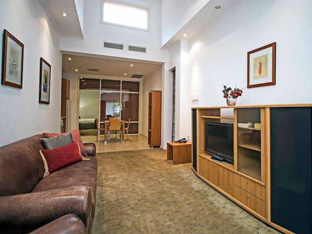 King Apartment in Prospect - Prospect - Leilighet