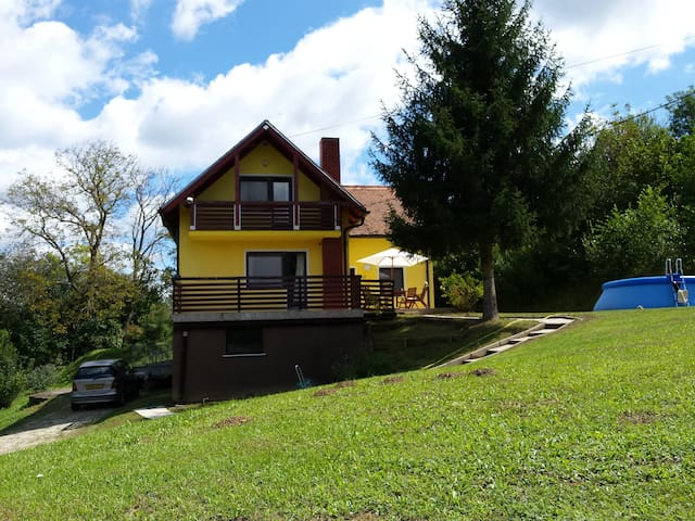 Pince, Nr  Lendava  Slovenia Holiday Home - Pince - Huis