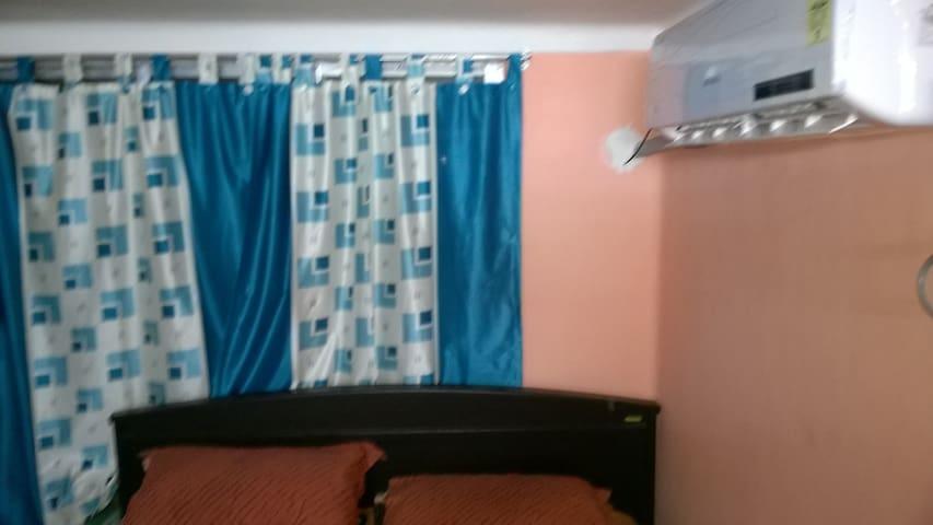 Nice cozy room for couple - Kolkata - Szoba reggelivel