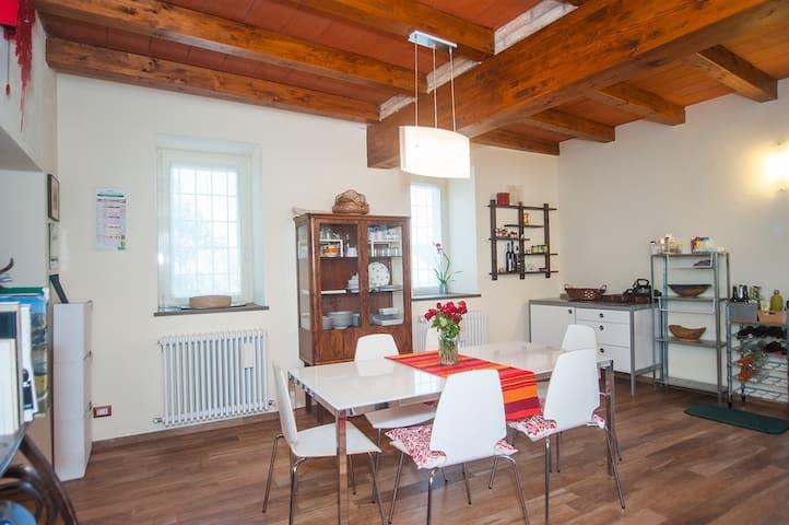 Nice house for bike lover near Gropparello Castle - Bersani - Ev