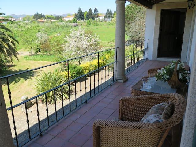 Rustic Apartment in Country House Casa da Timpeira - Vila Real - Квартира