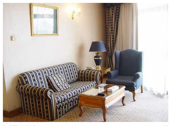 1 Bedroom Serviced Apt. Nile View 4 - Zamalek