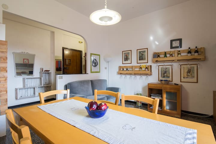 Rosa, apartment on the sea - Albenga