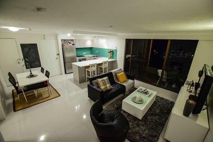 Modern apartment with Ocean views - Берли-Хедс - Квартира