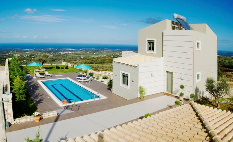 Villa Horizon, Privacy, Scenic Views & Exterior - Ρέθυμνο - Vila