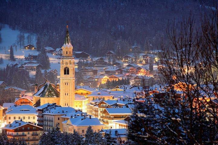 Splendido Appartamento nella Perla delle Dolomiti - Cortina d'Ampezzo - Lägenhet