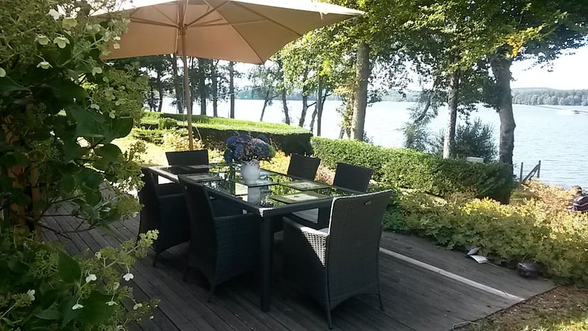 Cosy house for rent - Lake view! - Montsauche-les-Settons - Hus