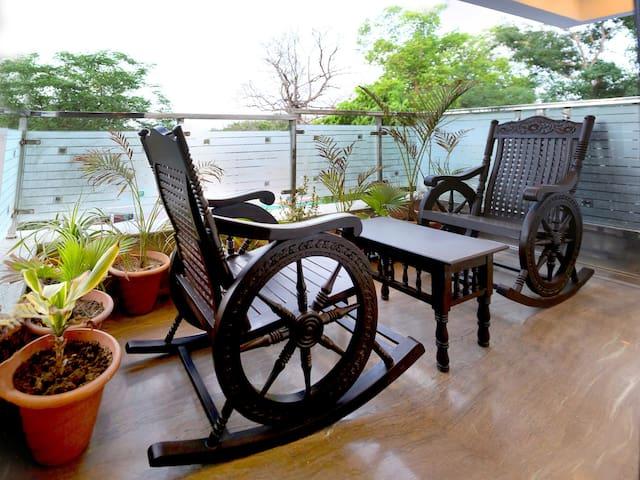 Pearl of Taj Home Stay Near Taj Mahal - Agra - Bed & Breakfast