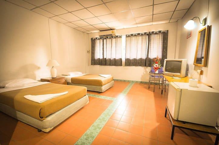 อาริษา แมนชั่น - Amphoe Mueang Ratchaburi - 公寓