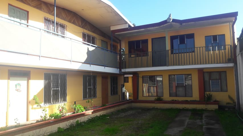 Apartamentos Los Angeles Cartago, Costa Rica - Cartago - Wohnung