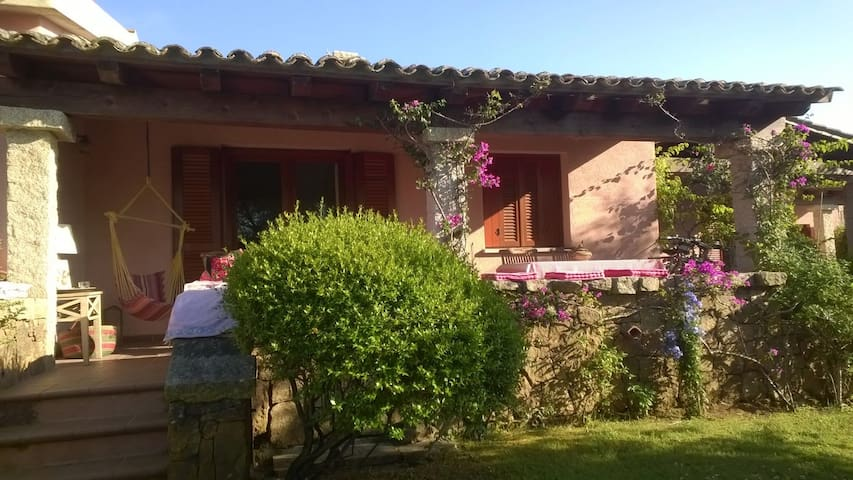 peacefull semi detached house close to the sea - Provincia di Olbia-Tempio - Otros
