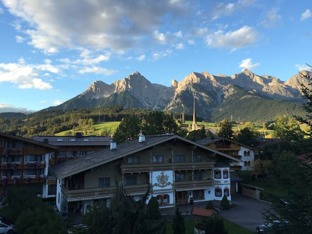 Cozy apartment with stunning view. - Maria Alm - Lägenhet