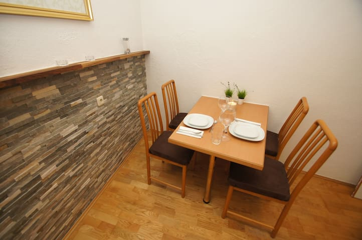 Great Appartment in the middle of Wels - Wels - Leilighet