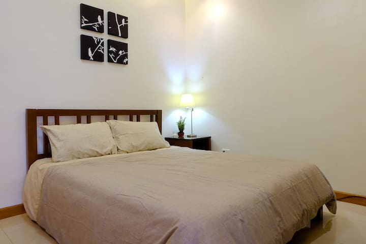 Cozy and Clean 1 Bedroom Apartment near Clark - Angeles - Huoneisto