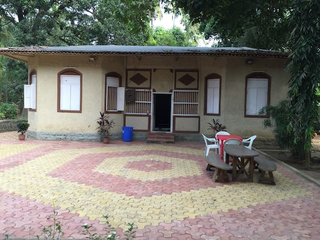 Lilly Vacations -Kihim (Alibaug) - Kihim - Appartement