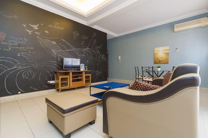 【PROMO!】cozy homestay 3 rooms apt - Penang Island - Departamento