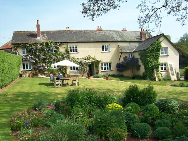 Beautiful Devon Farmhouse - Bradninch - Casa