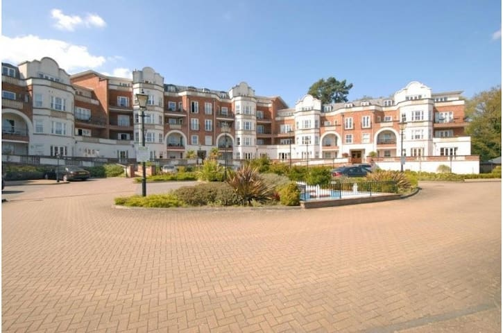 Luxury 2 Bed Apt in Ascot, near Windsor - Windsor and Maidenhead - Apartamento
