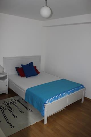 Nice & clean room - Ottobrunn - Talo
