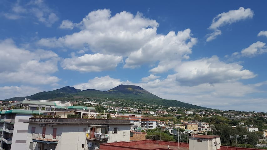 Apartment & private terrace with stunning views! - Ercolano - Apartemen