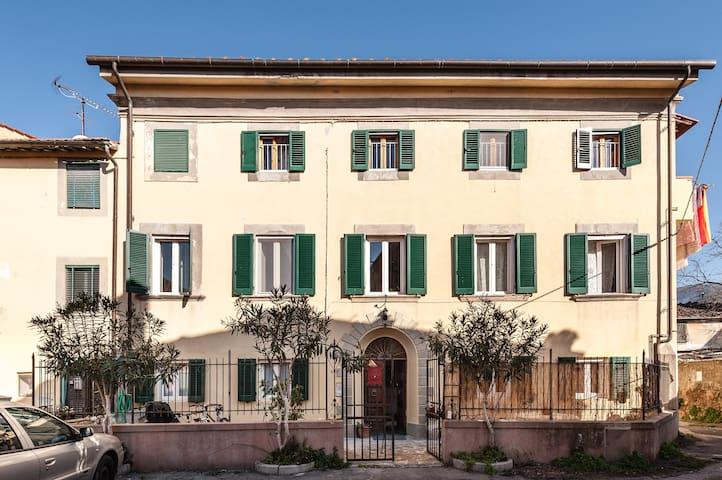 Calci- Cozy Private room & Bathroom - Calci - Appartement