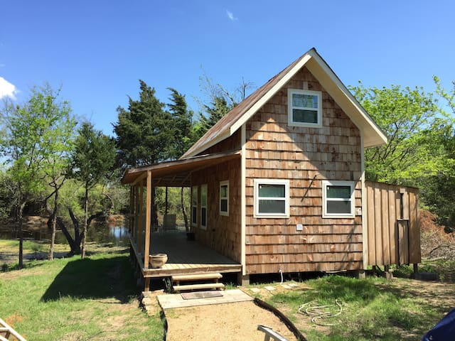 Terrell Country Tiny House Cottage - Terrell - Huis