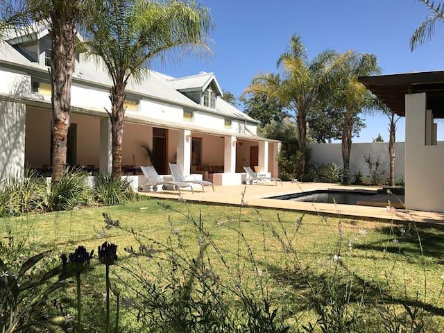 Shiraz Estate Guest House Room #5 (of 6 rooms) - Riebeeck Kasteel