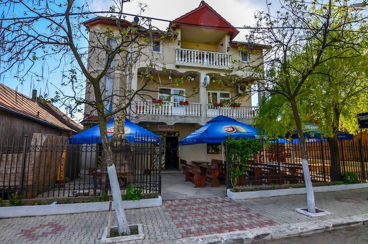 Milica Pension - Jurilovca - Rumah Tamu