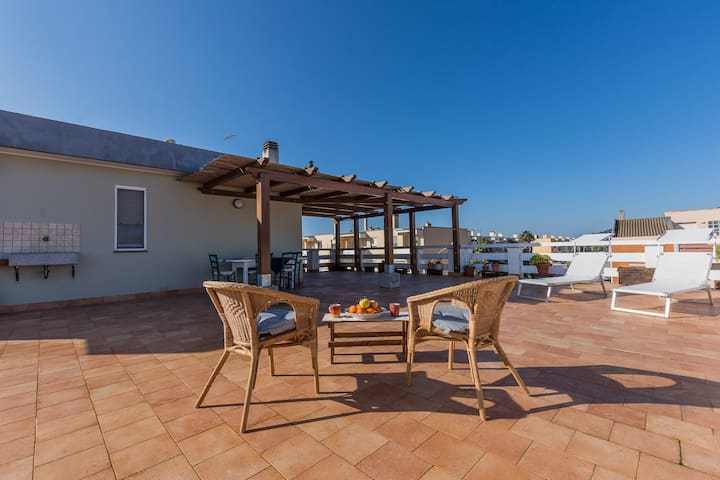 Seafront confortable apartment! - Fertilia - Lägenhet