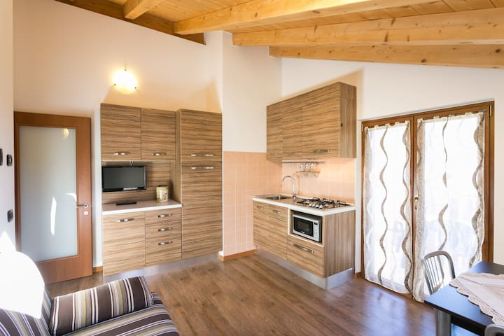 Refined apartment for couples - Pieve di Ledro