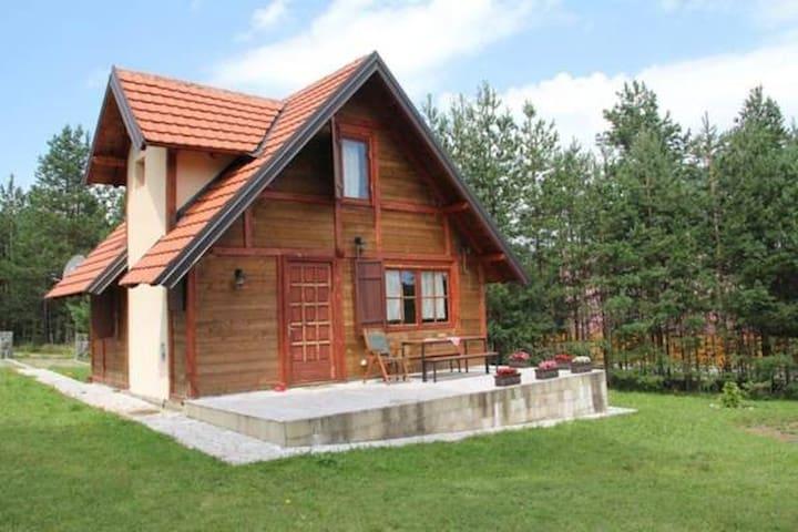 Brvnara Magnolija - Zlatibor - Houten huisje