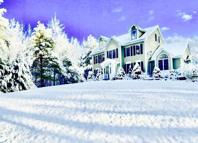 Country coziness near New Hampshire - Dracut - Huis