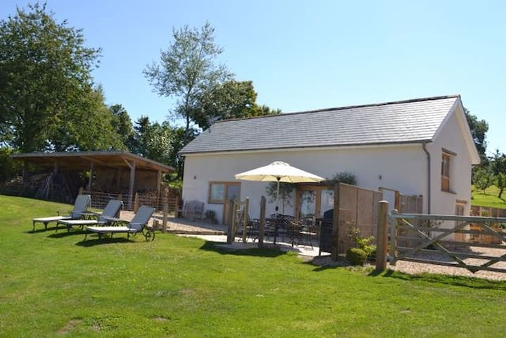 The Cow Shed, Exbourne, Near Okehampton, Devon - Devon - Huis