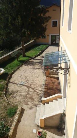 "Casa Vacanze ""La Villa"" - Morino - Casa"
