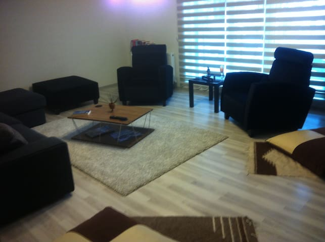 Your beautiful clean peaceful quiet house - Çankaya - Leilighet