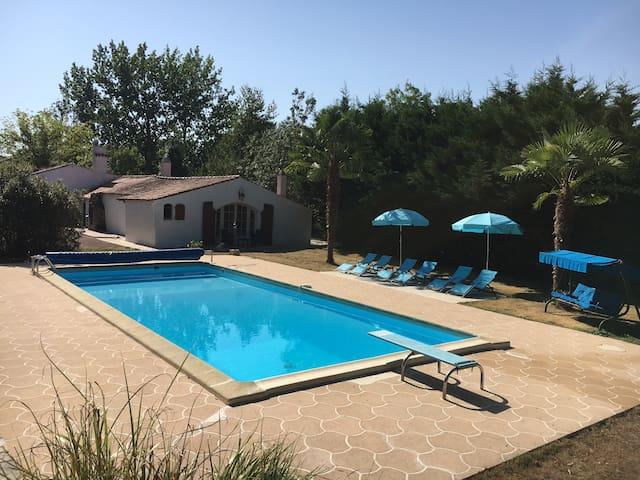 """mairais Poitevin  maison """"au bord de l'eau"""" - La Taillée - Casa"""