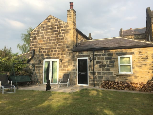 The Coach House 'The Countryside comes to Leeds' - Leeds - Ev