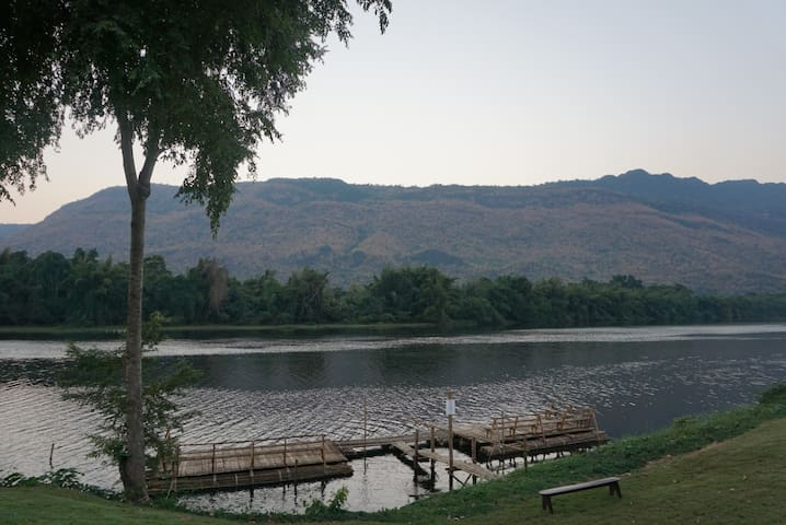 KG House with Mountain and River Views! - Mueang Kanchanaburi District