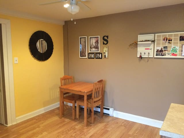 Your Own Studio Apt. in Downtown West Chester PA - West Chester - Daire