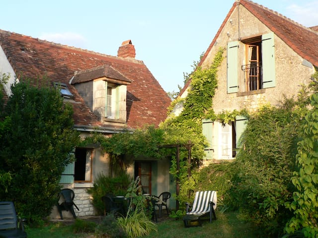 Peaceful rural cottage - Chaumussay