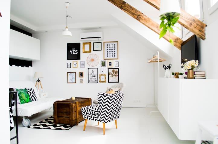 Exkluzív apartman Veszprém abszolút belvárosában - Veszprém - Daire