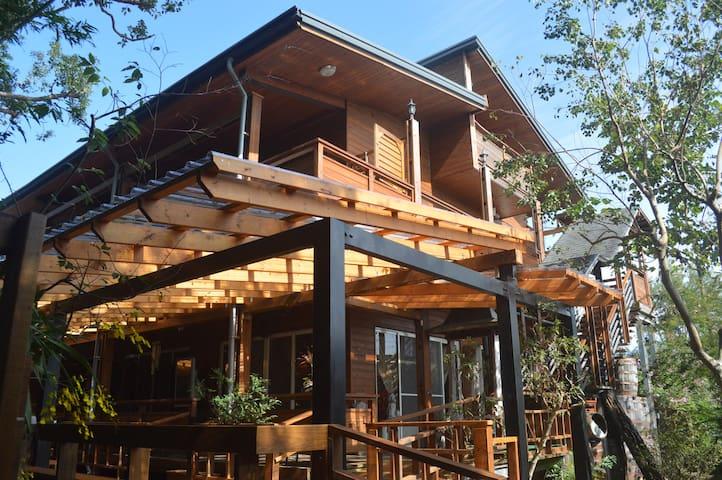 MuTianHsuan Homestay(B&B)FAMILY ROOM - Xinshe District - Casa de huéspedes
