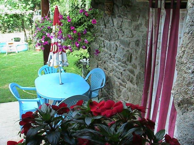 Les Martinets chambre d'hote lozere - Saint-André-Capcèze - Bed & Breakfast