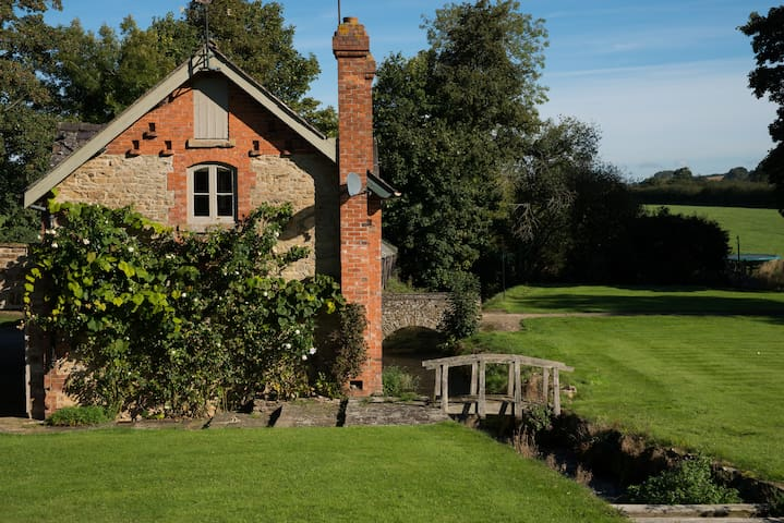 Mill Cottage, Cotswolds - Stourton