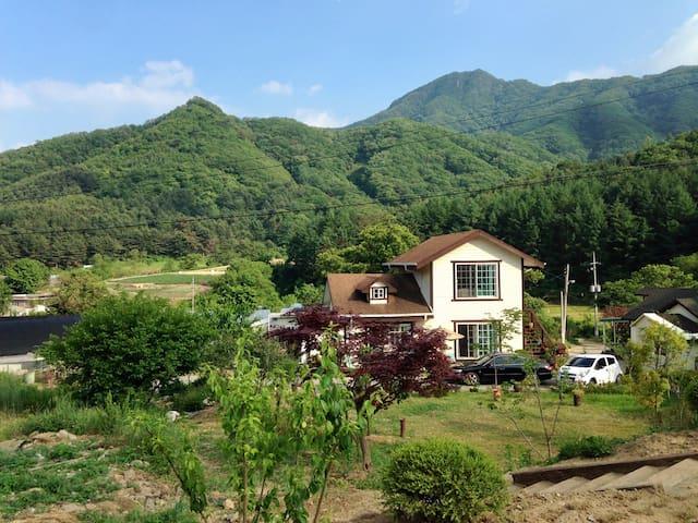 Countryside Retreat - Namyangju-si - Ev