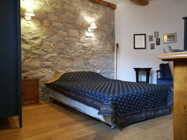 Private room in charming Karst house - Santa Croce - Casa
