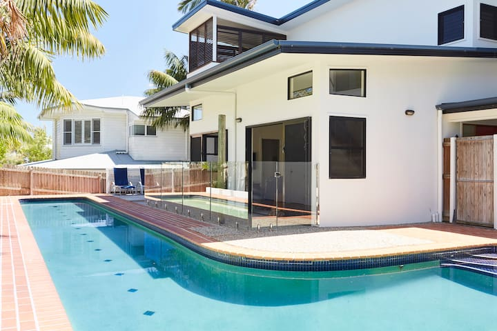 Beach Hideaway with large private pool. - Lennox Head - Ev